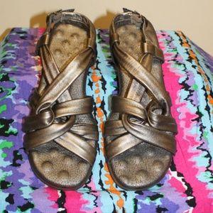 Elites Walking Cradles sandals 7 wide leather